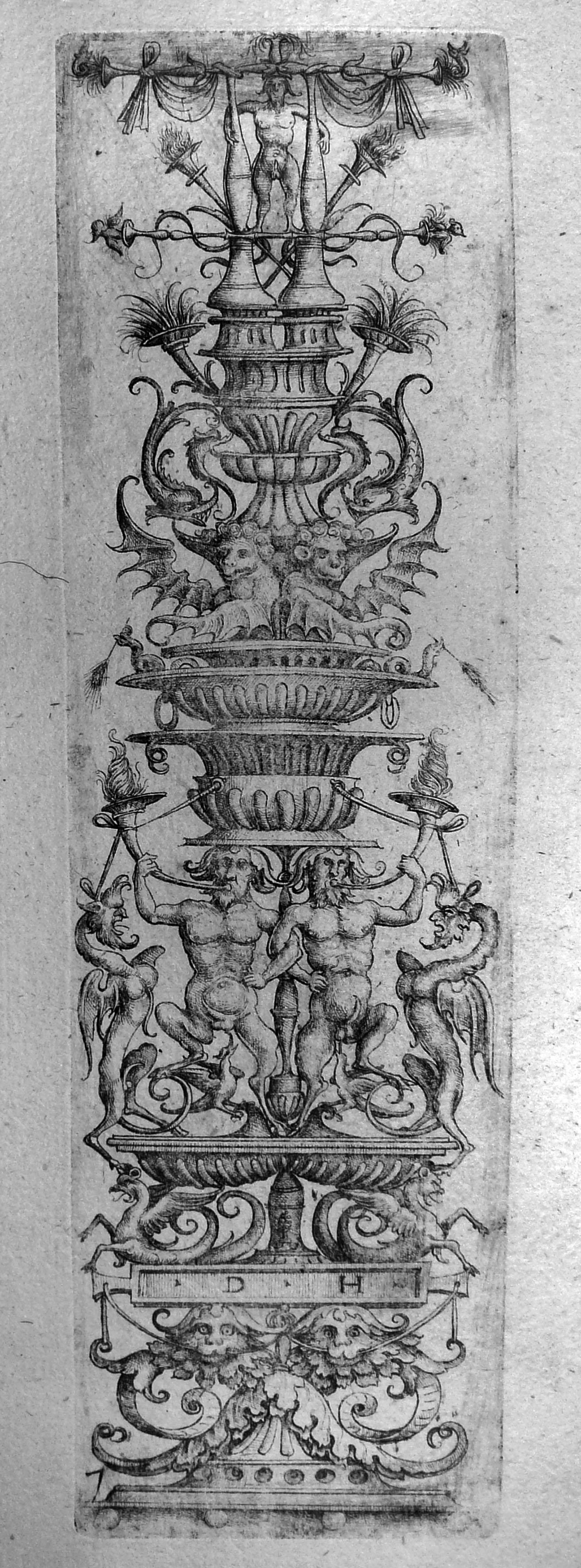 Hopfer D; Pannello ornamentale